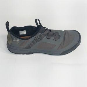 Arc'teryx Arakys Approach Vibram Sole Hiking Shoe